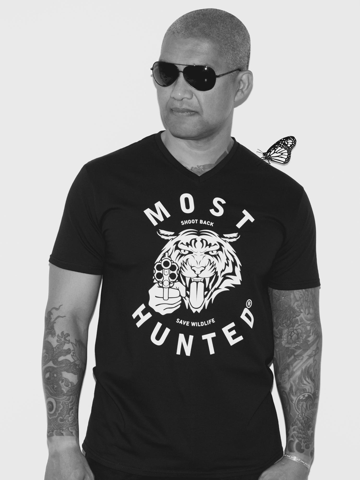 black tiger v neck t shirt men most hunted. Black Bedroom Furniture Sets. Home Design Ideas